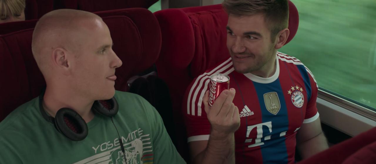 Ore 15:17 - Attacco al treno - Teaser Trailer Ufficiale Italiano Screenshot