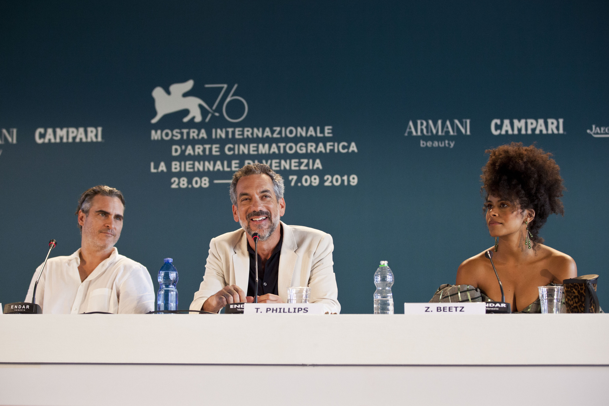 Joaquin Phoenix Zazie Beetz e Todd Phillips Conferenza Stampa per Joker film in concorso al Festival del cinema di Venezia 7