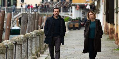 Lasciami andare, di Stefano Mordini, sarà il film di chiusura della 77° Mostra Internazionale d'Arte Cinematografica di Venezia. Il film verrà presentato nella sezione Fuori Concorso.
